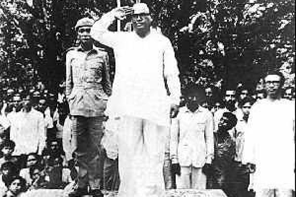 president-of-mujibnagar-government5B82F330-2B30-160F-8651-1A77A57AA9F9.jpg